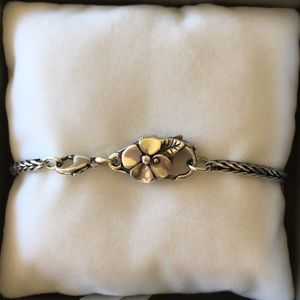Trollbeads foxtail bracelet with flower lock